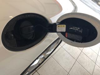 エクセルレンタカー沖縄 ブログ ポルシェボクスター 給油口